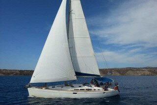 barcas santorini aethrio hotel oia
