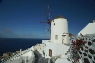 oia village aethrio hotel windmills