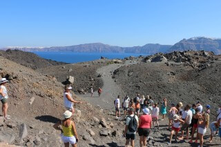 santorini excursion aethrio hotel thirasia