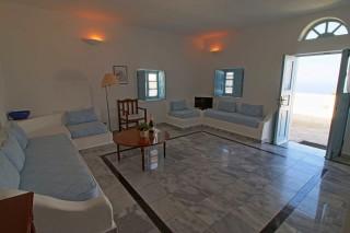 superior room aethrio hotel lounge