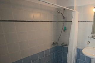 traditional apartments aethrio hotel bathroom