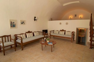 traditional apartments aethrio hotel salon